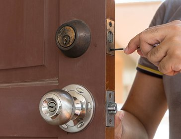 Amber Locksmiths Berkeley, CA 510-803-3121